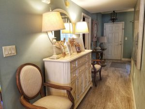 Coastal decor and lots of storage space