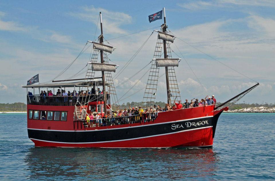 SeaDragonPirateShipPCB - Pirate ship cruise